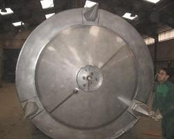 1 Cuve de stockage agitée de 15 000 litres