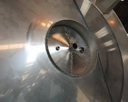 1 Cuve de stockage agitée de 20 000 litres