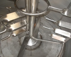 1 Cuve de cuisson de riz agitée de 1 200 litres avec circuit forcé fond + virole