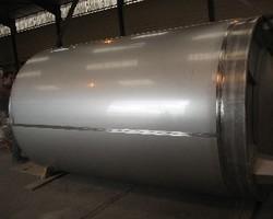1 Cuve de caillage agitée de 9 900 litres