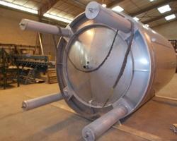 1 Tank process non isolé et agité de 20 000 litres