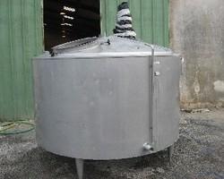 1 Cuve process isolée et agitée avec circuit forcé sur la virole de 4 000 litres N°1