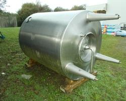 1 Cuve process isolée et agitée avec circuit forcé de 3 000 litres