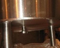 1 Cuve process agitée de 180 litres avec circuit forcé