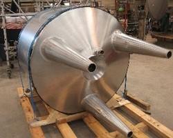 1 Cuve process agitée de 660 litres avec circuit forcé fond + virole