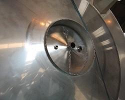 1 Cuve de stockage isolée et agitée de 20 000 litres