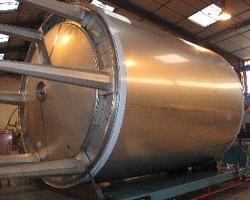 1 Cuve de stockage isolée et agitée de 35 000 litres