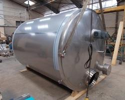 1 Cuve de maturation agitée de 10 000 litres