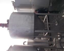 1 Cuve process PROMINOX isolée et agitée de 2 000 litres avec circuit forcé fond + virole