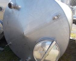 1 Cuve de stockage non isolée de 7 500 litres N°1