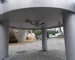 1 Cuve process isolée et agitée avec matelassage fond +virole de 1 000 litres